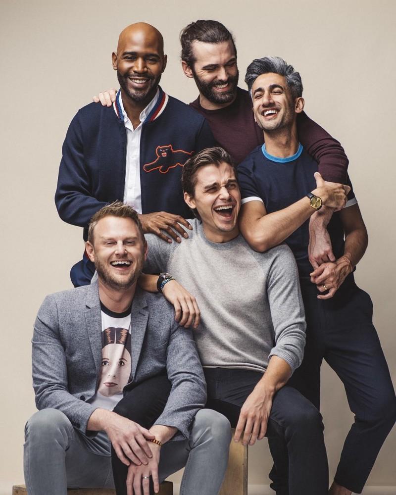 Cinco Gays Entram Na Casa…